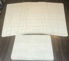 ROMANY WASHABLE TRAVELLERS MATS 4PC SETS NON SLIP REGULAR SIZE CREAM/IVORY ROSE